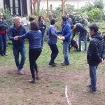 Gli amici del Vespa Club si lanciano nelle danze a Casa Giacconi Bed and Breakfast a Assi, vicino al Lago di Como